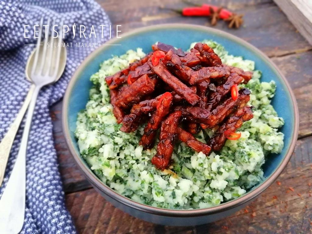 indische vegetarische boerenkoolstamppot met tempeh