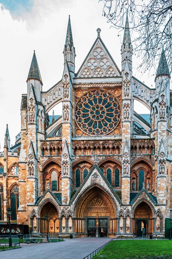 Ingang van Westminster Abbey gebouwd in indrukwekkend gothische stijlkwe
